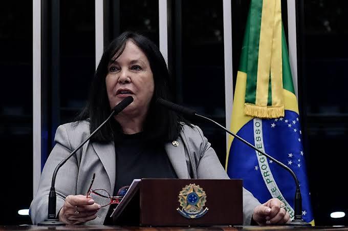 Senadora Rose de Freitas é alvo da PF em operação que investiga desvio de dinheiro