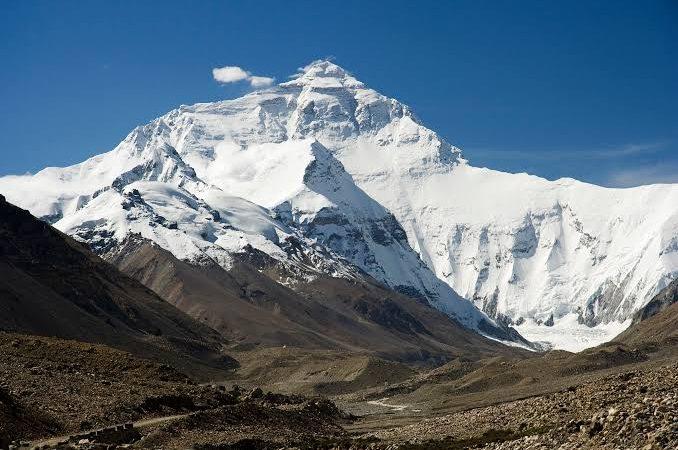 Dois alpinistas morrem de exaustão no monte Everest