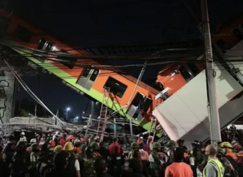 Estrutura do metrô desaba e deixa mortos e feridos
