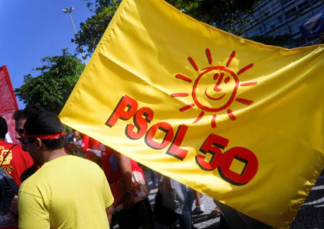 PSOL quer investigar Eduardo Bolsonaro por declaração sobre El Salvador
