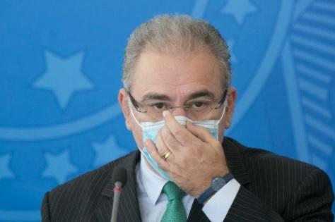 Como foi previsto por Bolsonaro, CORONAVAC traz problemas e atrasa fornecimento de vacinas