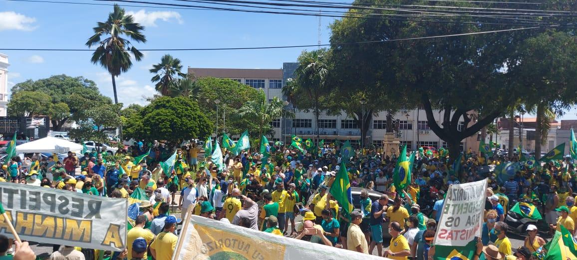 Natal/RN fica verde e amarela com movimento pró-Bolsonaro, veja vídeos e imagens