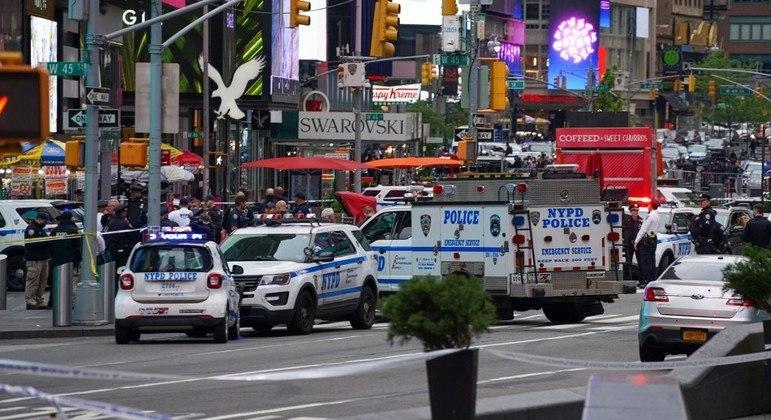 Duas mulheres e uma criança são feridas em tiroteio em Nova York