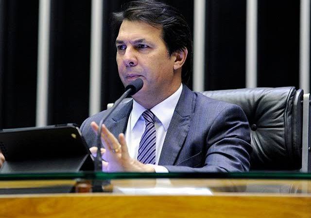 Reforma administrativa: Relator quer incluir demais Poderes