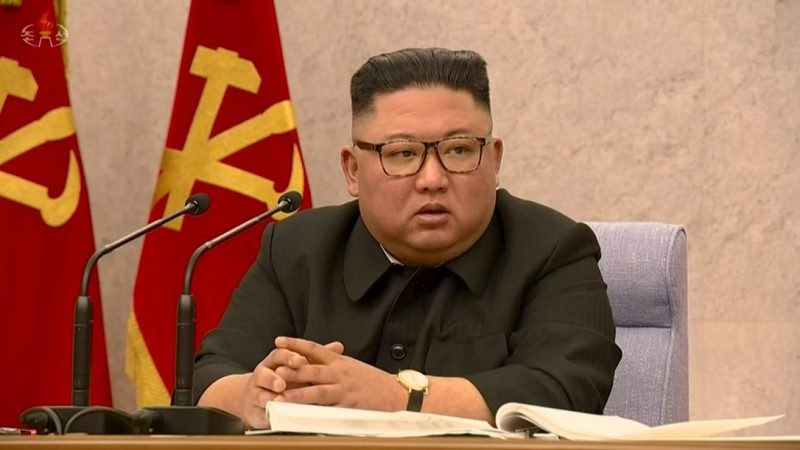 Kim Jong-Un admite crise na Saúde, mas culpa funcionários