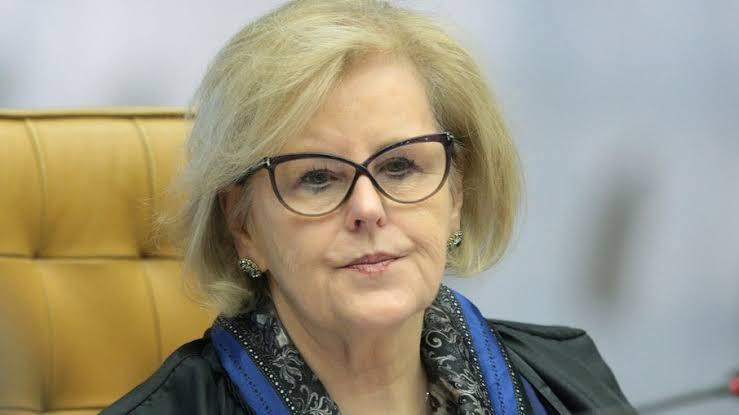 Weber envia à PGR ação contra Bolsonaro por prevaricação