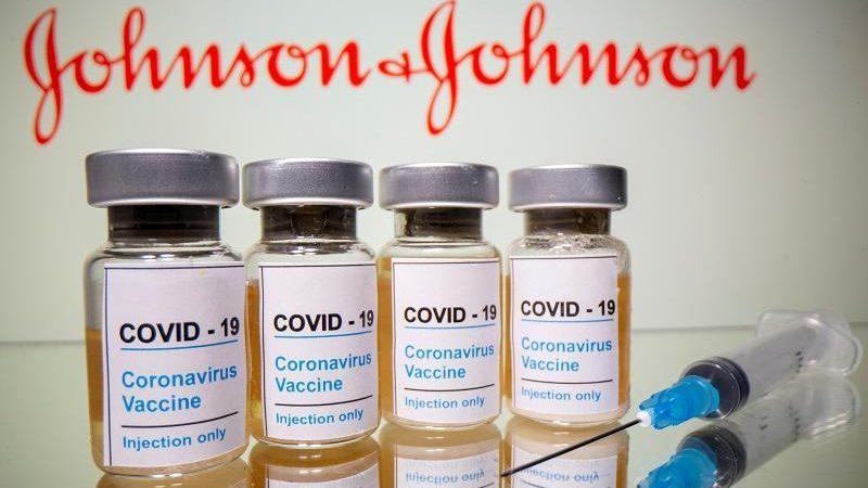 3 milhões de doses da vacina da Johnson & Johnson chegam amanhã, anuncia Queiroga