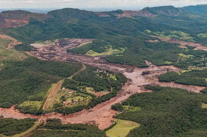 Indenização da Vale a 10 mil pessoas por desastre em Brumadinho supera R$ 2 bilhões