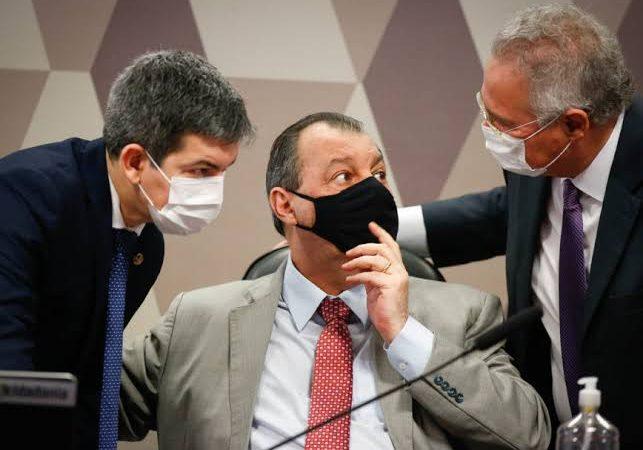 CPI da Covid vai recorrer decisões de Barroso e Nunes Marques que suspenderam quebras de sigilos