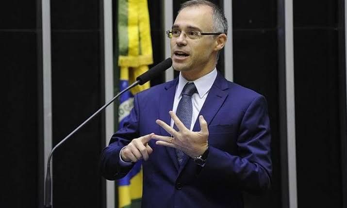 STF: 9 dos 11 ministros aprovam indicação de André Mendonça