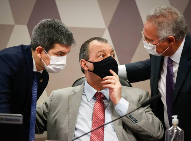 CPI da Covid aprova quebra de sigilos de Pazuello, Filipe Martins e Nise Yamaguchi