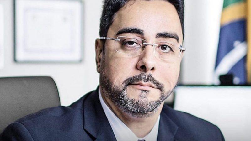Marcelo Bretas é defendido pela Associação de juízes federais após afirmações mentirosas da Veja