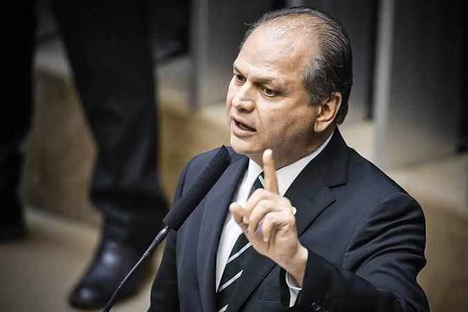Líder do governo, Deputado Ricardo Barros, manda recado duro ao STF e FUX rebate