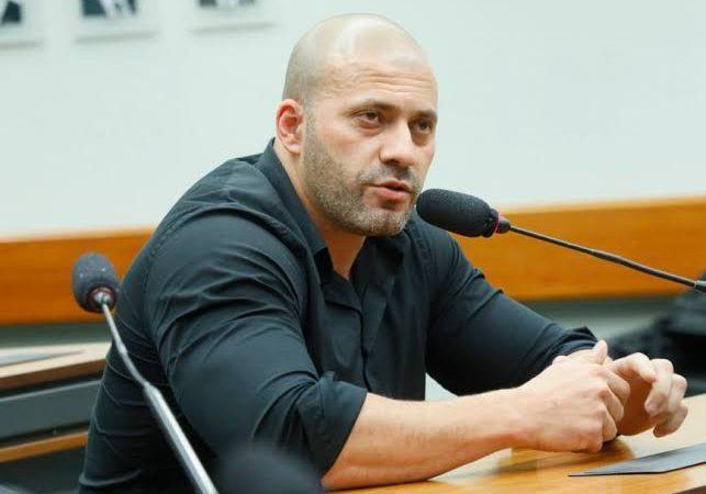 Relator define pena de Daniel Silveira na Câmara dos Deputados