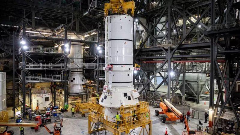 Foguete gigante da Nasa levará astronautas à Lua, Marte e 'outros destinos'