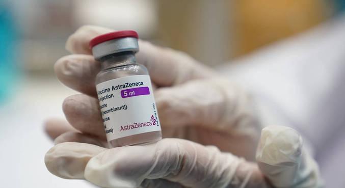 Governo Bolsonaro distribui 7,6 milhões de doses da vacina da AstraZeneca