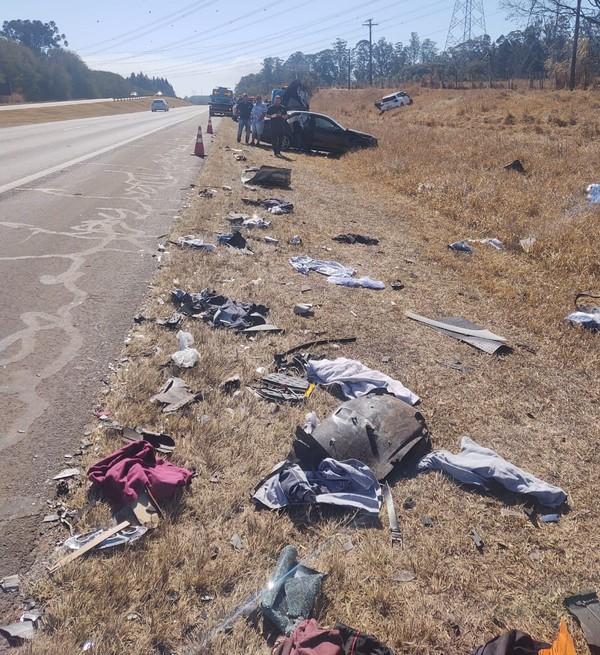 Acidente em rodovia envolve 4 carros deixa 3 mortos e 5 feridos em estado grave, VEJA VÍDEO