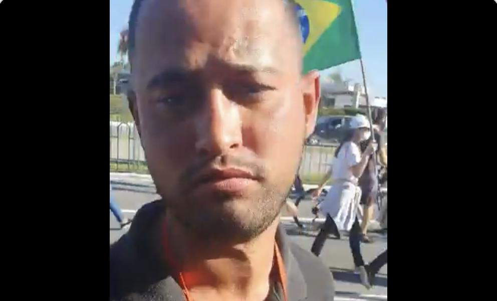 """""""Manifestante"""" de esquerda diz que recebeu 70 reais para estar no ato, mas vota em Bolsonaro, VEJA O VÍDEO"""