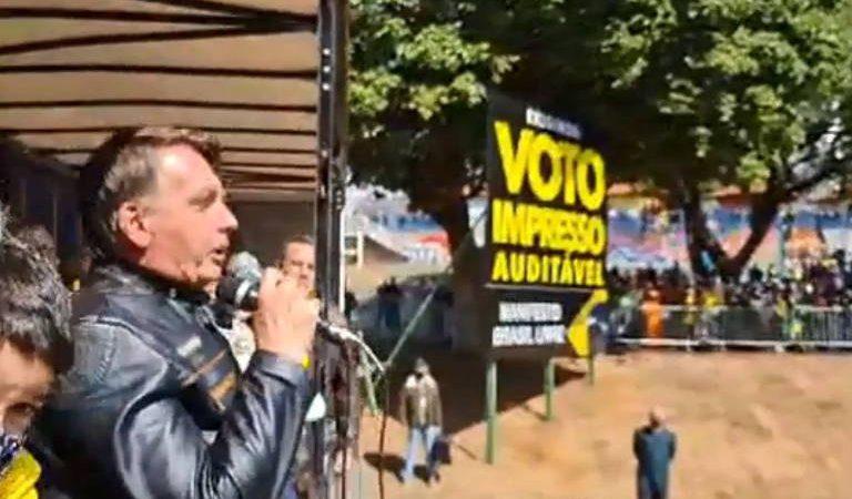 """""""Não aceitaremos uma farsa em qualquer eleição"""", diz Bolsonaro em discurso"""