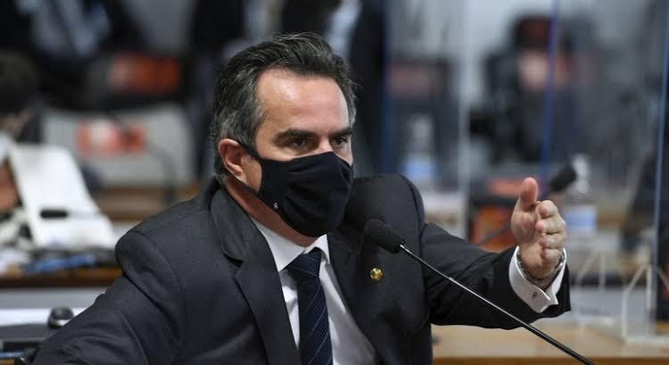 Dança das cadeiras: Senador Ciro Nogueira vai assumir Casa Civil; Ramos e Onyx serão remanejados