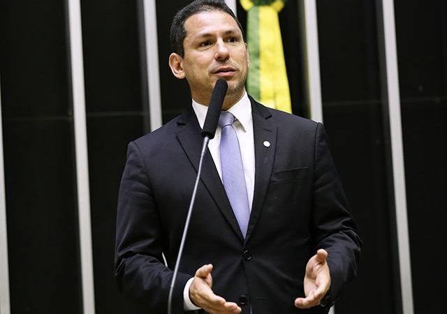 BOMBA: Marcelo Ramos usou dinheiro público para contratar fornecedor na campanha