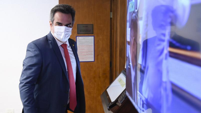URGENTE: Avião com Ciro Nogueira tem pane e reunião com Jair Bolsonaro é adiada