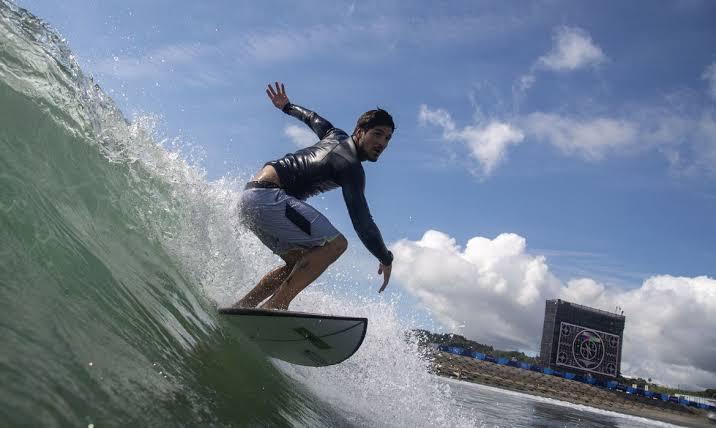 Possível chegada de Tufão em Tóquio afeta final olímpica do surfe