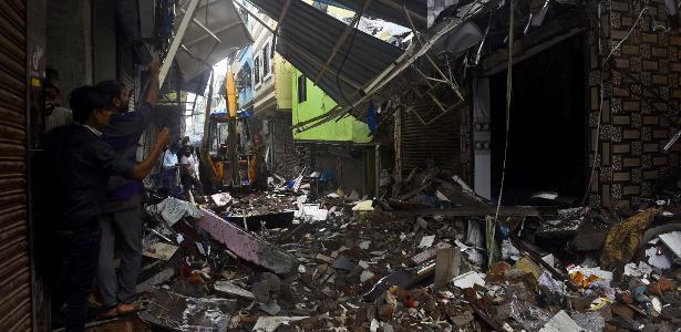 TRAGÉDIA: Deslizamentos matam mais de 60 e deixam desaparecidos na Índia
