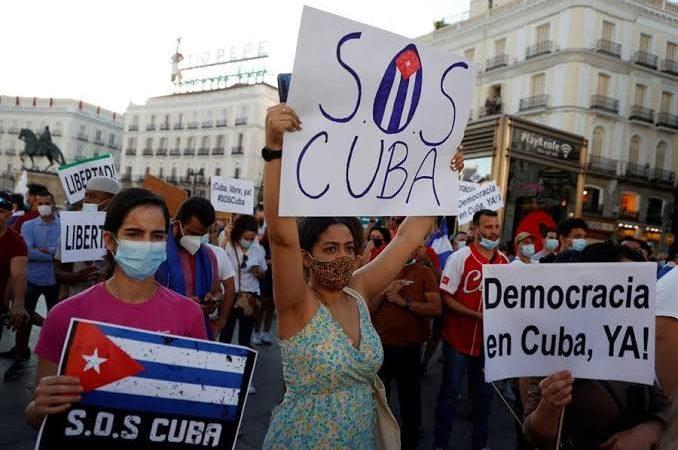 Chanceleres de EUA, Brasil e mais 19 países repudiam prisões em massa em Cuba