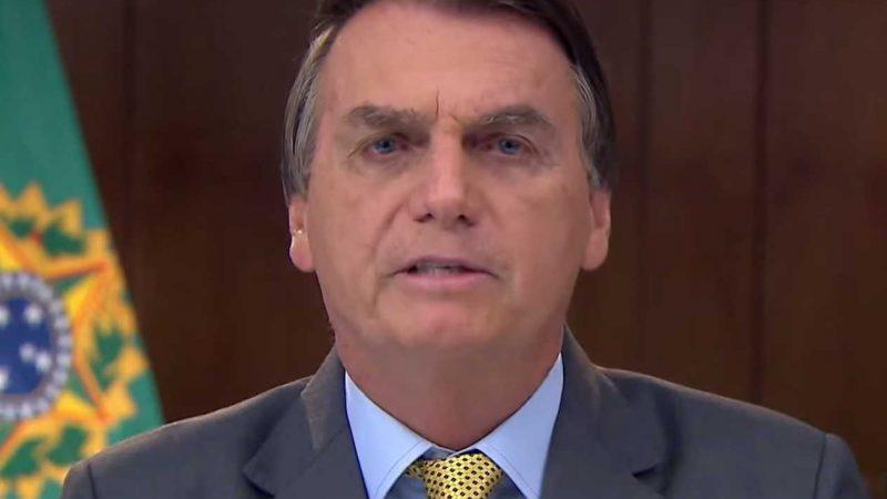 Bolsonaro faz críticas ao Fundo Eleitoral de R$ 5,7 bilhões e sinaliza veto