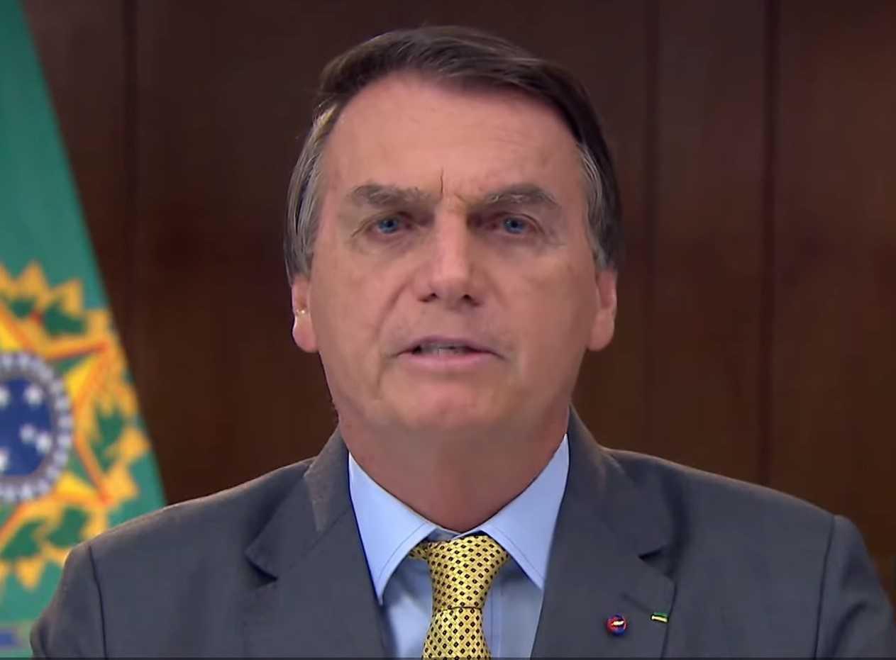"""Bolsonaro pede à Câmara para rejeitar 'quarentena eleitoral' para militares e juízes: """"Tremenda discriminação"""""""