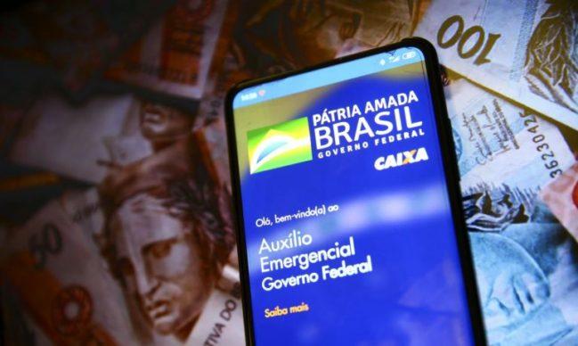 Governo realiza hoje o pagamento do auxílio emergencial para nascidos em maio