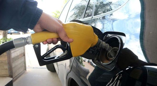 Câmara aprova texto-base de projeto que muda regras do ICMS sobre os combustíveis