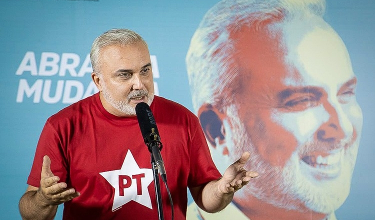 Pasmem: Senador do PT que entrou na vaga de Fátima Bezerra diz que obra de Barragem que começou em 1952 e está sendo concluída por Bolsonaro é ação dele
