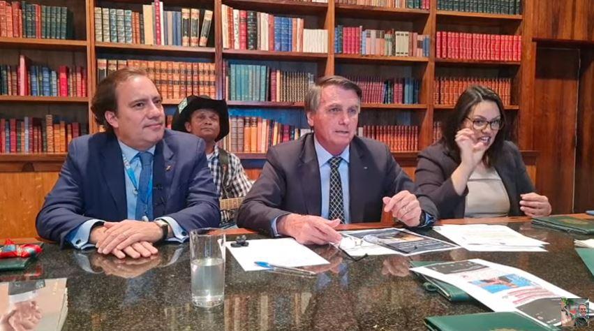 URGENTE: YouTube Remove 14 Lives do presidente Bolsonaro do ar