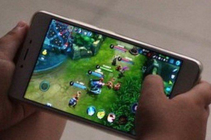 China limita jogos on-line a três horas por semana para menores