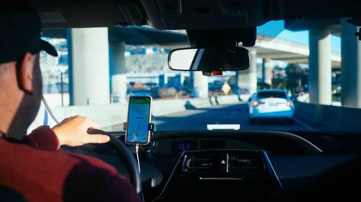 Entenda por que está mais difícil e caro conseguir carro em apps de mobilidade