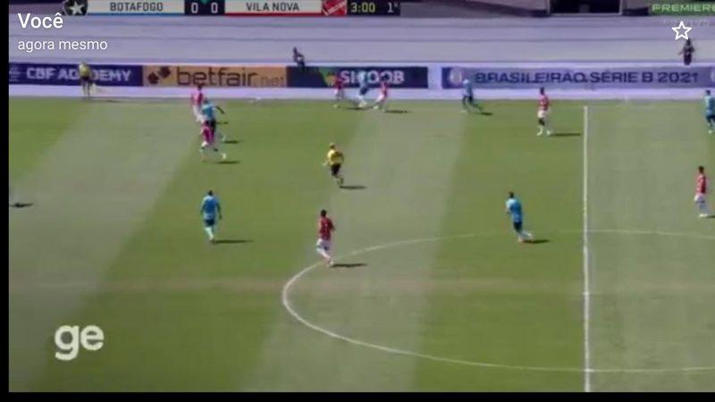Botafogo vence e encosta no G-4