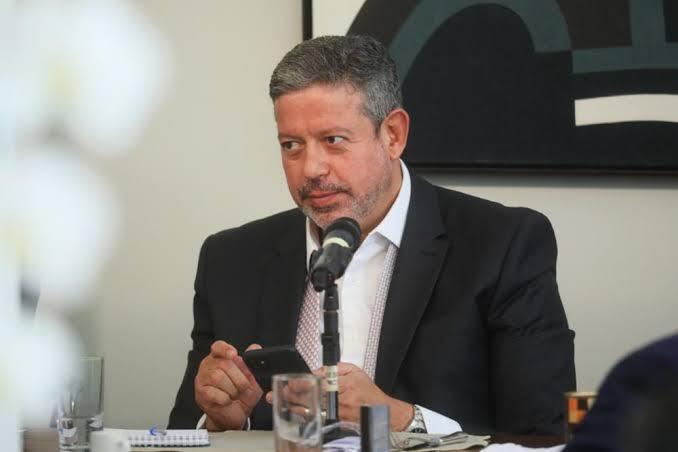 URGENTE: ARTHUR LIRA ACABA DE CONFIRMAR QUE VOTO IMPRESSO VAI A PLENÁRIO