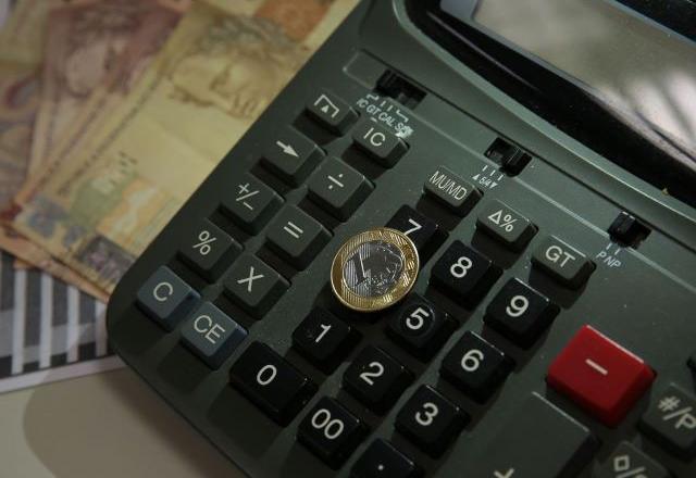 Microempreendedores do MEI devem quitar dívidas até 5ª feira