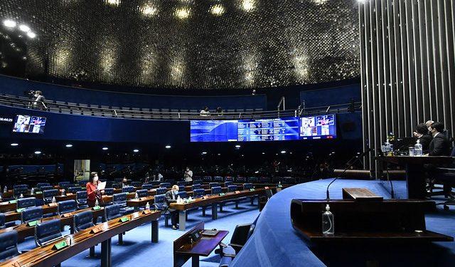 Senado aprova a PEC da reforma eleitoral sem a volta das coligações