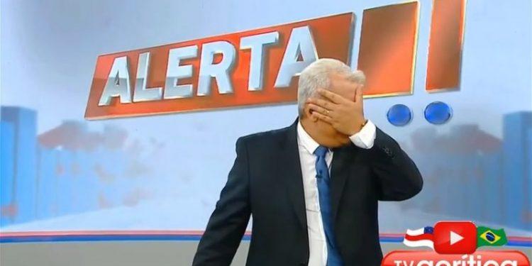 Sikêra Jr. se emociona ao anunciar ao vivo que venceu processo contra Sleeping Giants, VEJA VÍDEO