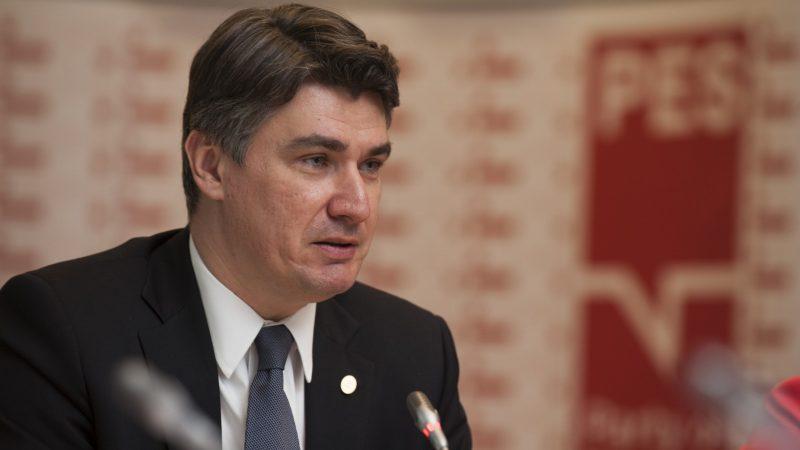 'Liberdade é mais importante do que vacinas', diz presidente da Croácia