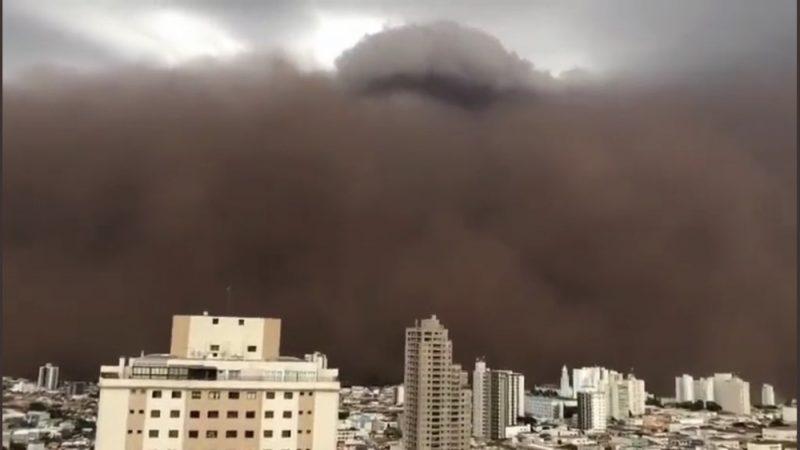 Nuvem de poeira assusta moradores de Franca, no interior de São Paulo, VEJA VÍDEO