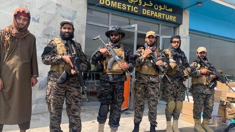 Talibã pede que companhias aéreas retomem voos internacionais para o Afeganistão