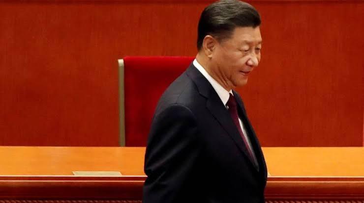ESTRANHO: Presidente da China e nem seu embaixador declaram se tomaram vacina contra covid