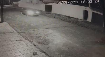 Bandidos invadem casa em Itanhaém e matam duas pessoas