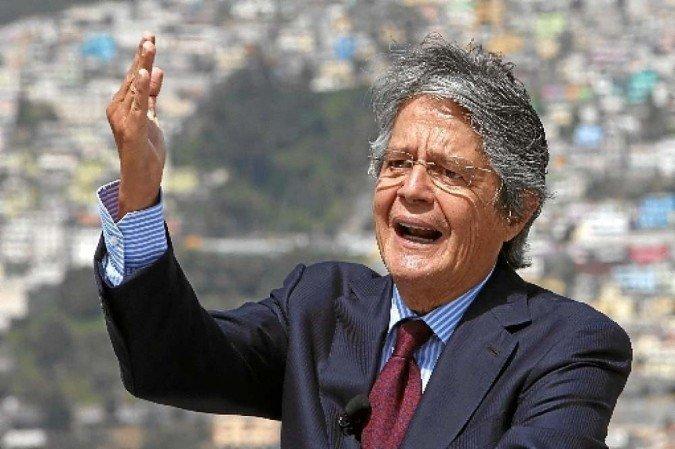 Equador aumenta combustível em até 12% na véspera de protestos