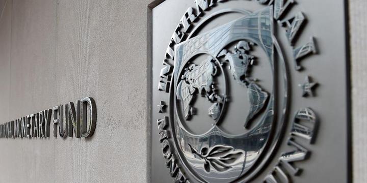 Pobreza deve cair, mas segue acima do projetado antes da pandemia, diz FMI