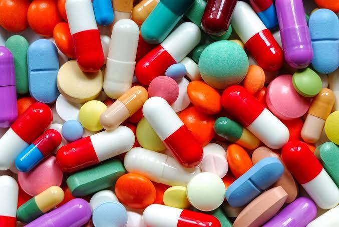Farmacêutica solicita uso emergencial para remédio contra Covid-19